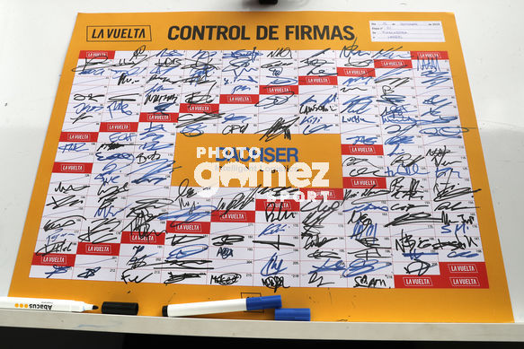 Cycling: Vuelta España 2019 / Tour of Spain 2019/ La Vuelta/ Etapa 21/ Stage 21/ <BR>CONTROL DE FIRMAS/ SIGNATURE/<BR>Fuenlabrada - Madrid (106,6 km) 15-09-2019/<BR>Vuelta España 2019 / La Vuelta/ Tour of Spain 2019/<BR>Luis Angel Gomez <BR>©PHOTOGOMEZSPORT2019