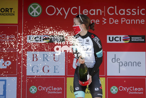 Cycling: Women Oxyclean Brugge - De Panne 2021 / Mujeres Oxyclean Brujas - De Panne 2021 /<BR>Podium / Podio /<BR>BROWN, Grace (AUS) Team Bikeexchange<BR>Women Oxyclean Brugge - De Panne 2021 / Mujeres Oxyclean Brujas - De Panne 2021 /<BR>Luis Angel Gomez ©PHOTOGOME
